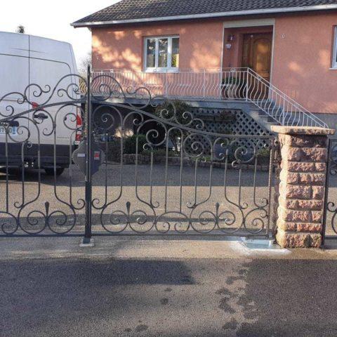 Moteurs enterrés pour portail 2 battants à LUTTERBACH