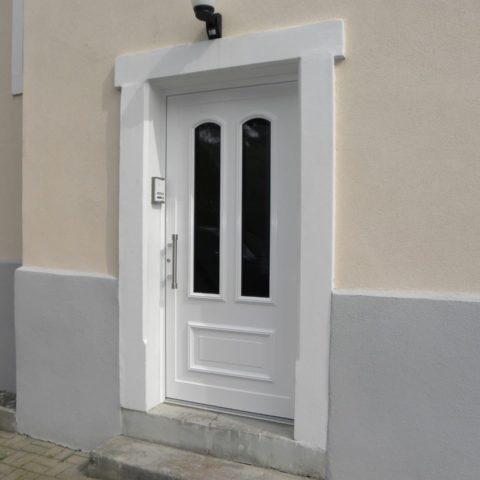 Porte d'entrée isolée vitrée en alu à BRUNSTATT MULHOUSE