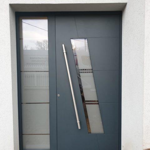 Porte d'entrée aluminium isolée à REININGUE
