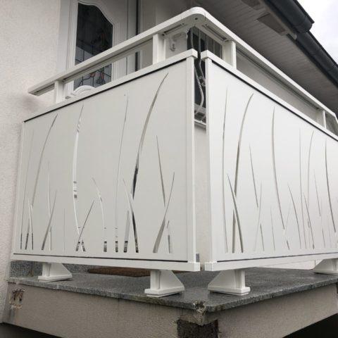 Garde-corps en aluminium tôle découpée laser à BRUNSTATT près de MULHOUSE