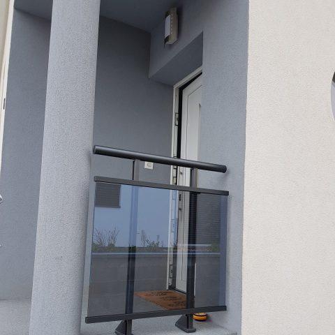 Installation d'un garde-corps vitré à LEIMBACH (68) à côté de THANN