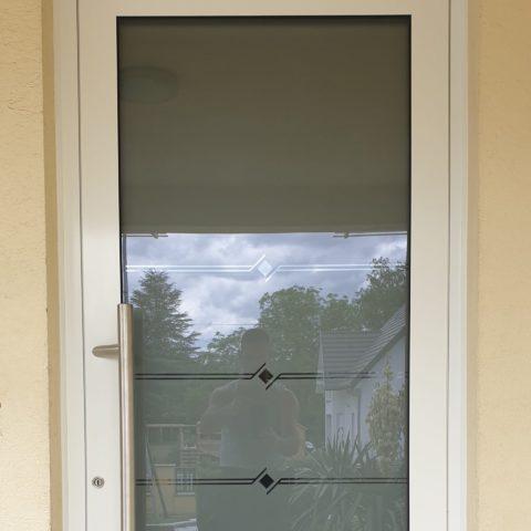 Porte d'entrée vitrée isolée à HUSSEREN WESSERLING proche de FELLERING (vallée de THANN CERNAY)