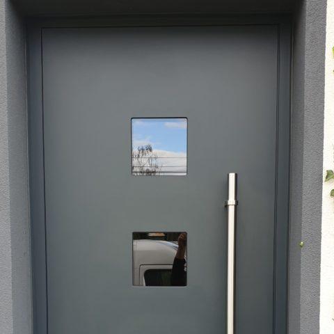 Porte d'entrée isolée à BALGAU